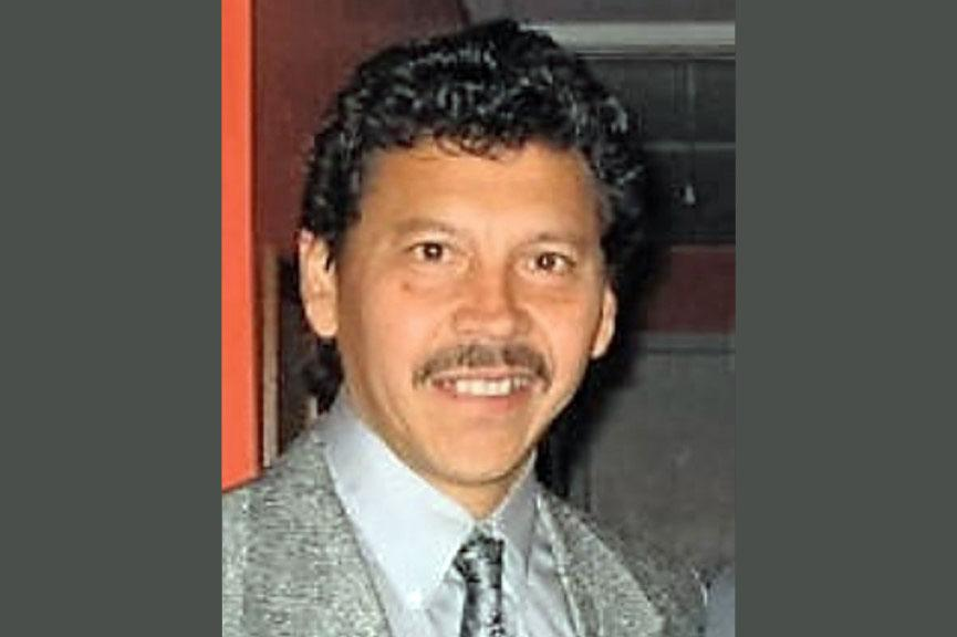 Headshot of Mauricio Castro