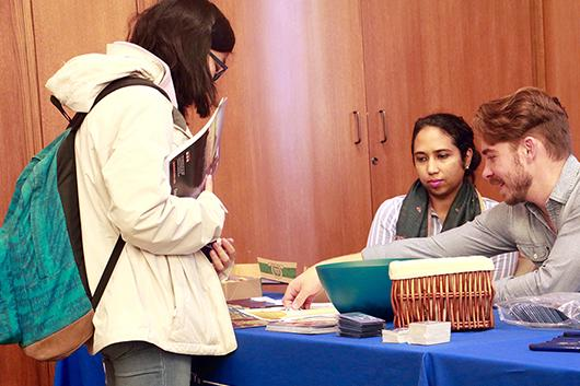 Student speaks with representatives at the 2017 Global Opportunities Fair