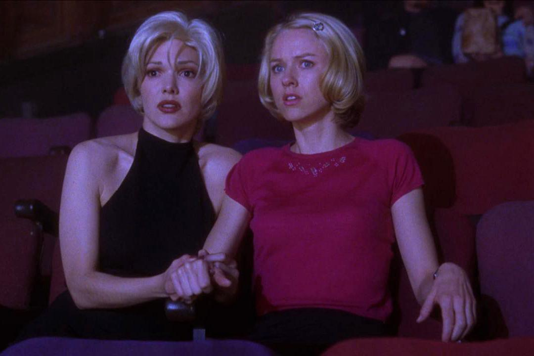 Still image from MULHOLLAND DRIVE